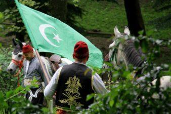 ХАТИХУМАЈУН: Страдање хришћана након њиховог законског изједначавања са муслиманима