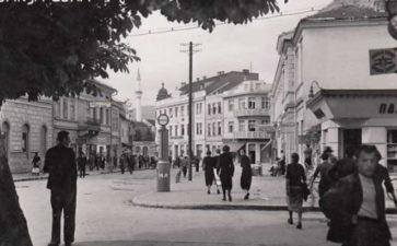 """""""GLAS SRPSKE"""" – ZAPISI IZ ARHIVA: Banjalučki ljekari u Kraljevini Jugoslaviji (1929-1941): Austrijski hirurg partizanski pukovnik"""